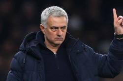 Jose Mourinho Bemoans Tottenham Striker Shortage Remains Calm Over Transfers
