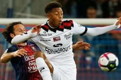 Nathael Julan Dies Aged 23 Guingamp Ligue