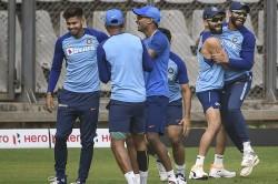 India Vs Australia 1st Odi Hardik Pandya Trains With Indian Team Bowls At Nets