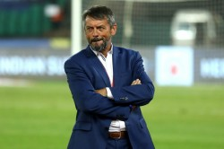 Isl 20190 20 Hyderabad Fc And Coach Phil Brown Part Ways