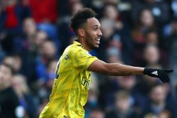 Premier League Crystal Palace 1 1 Arsenal Aubameyang Scores And Sees Red