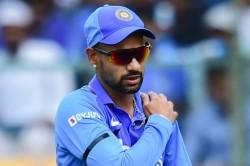 India Vs Australia 3rd Odi Shikhar Dhawan Hurts Left Shoulder Walks Off Field