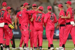 Bbl 09 Sydney Sixers Skittle Melbourne Stars To Book Bbl Final Berth
