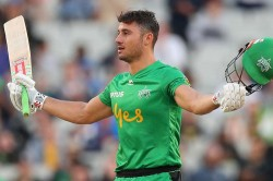 Big Bash League Stoinis Sensational History Making Knock Helps Stars Silence Sixers