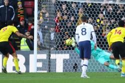 Premier League Watford 0 Tottenham 0 Gazzaniga Rescues Spurs In Drab Draw