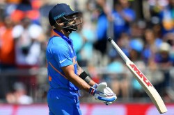 India Vs Australia 1st Odi Former India Players Give Thumbs Down To Kohli S Number Four Move
