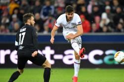 Salzburg 2 2 Eintracht Frankfurt 3 6 Agg Silva Double Secures Basel Clash