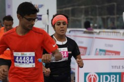 Anjali Saraogi Achieves Golden Hat Trick At The Idbi Federal Life Insurance Full Marathoan Kolkata