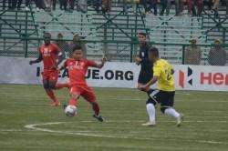 Hero I League Sensational Late Comeback Earns Aizawl Crucial Point In Srinagar