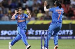 Icc Women S T20 World Cup 2020 Poonam Picks Up Three As India Beat Bangladesh By 18 Runs
