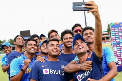 Icc U 19 World Cup India U 19s Relax By Visiting Mandela Square Ahead Of World Cup Final