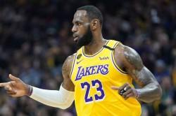 Lebron James Los Angeles Lakers Kyrie Irving Knee Brooklyn Nets Nba