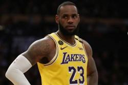 Lebron James Los Angeles Lakers Warriors Nba