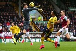 Mikel Arteta Bemoans Burnley Pitch Arsenal Have To Adapt