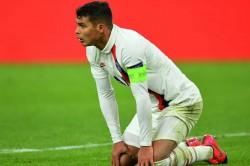 Psg Thiago Silva Ander Herrera To Miss Borussia Dortmund Second Leg