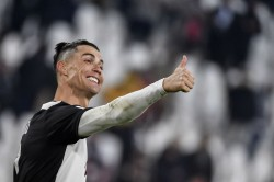 Ronaldo And Agent Mendes Donate Intensive Care Units To Portuguese Hospitals