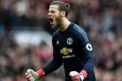 Manchester United Face Tough Choice With De Gea And Henderson