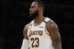 Nba Wrap Lakers Streak Rockets Edge Celtics