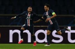 Paris Saint Germain 2 0 Borussia Dortmund 3 2 Agg Neymar Helps Book Qf Spot