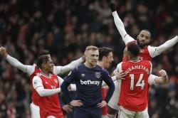 Coronavirus Premier League Season Put On Hold Till Apr