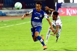 Isl Transfer Watch Udanta Singh To Stay With Bengaluru