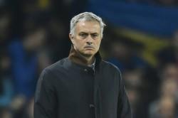 Tottenham Warns Mourinho Players After Public Training