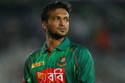 Banned Cricket Hero Shakib Auctions Bat For Bangladesh Virus Victims