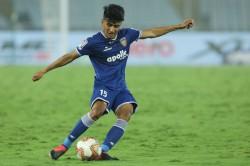 Chennai Connection Chennaiyin Fc Player Thapa Loves Dhoni S Down To Earth Attitude