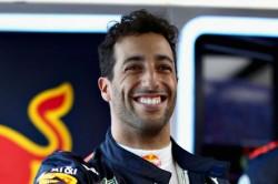 Mclaren Sign Ricciardo As Sainz Replacement For