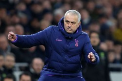 Jose Mourinho Bring Trophy Tottenham Gustavo Poyet