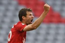 Bayern Munich 5 2 Eintracht Frankfurt Muller And Davies Star To Tee Up Tantalising Klassiker
