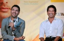 Yuvraj Singh Accepts Sachin Tendulkar S Juggle Challenge Using Blindfold In Kitchen Watch