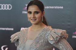 Sania Wins Fed Cup Heart Award Donates Prize Money To Cm S Relief Fund