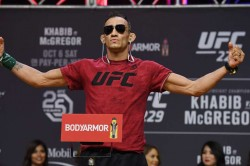 Tony Ferguson Mocks Khabib Mcgregor Missing Ufc 249 Gaethje