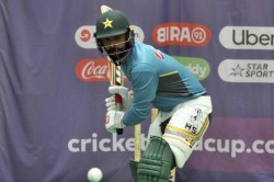 Mohammad Hafeez Tests Positive Again For Covid 19 England Tour In Jeopardy