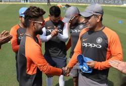 Neither Rohit Sharma Nor Virat Kohli Rishabh Pant S Favourite Batting Partner Is Ms Dhoni
