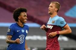 Willians July Goal Gives Him Unique Premier League Record Chelsea West Ham