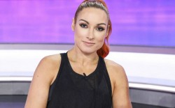Wwe Becky Lynch Gets Into Candid Pregnancy Conversation With Bella Twins
