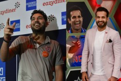 India Doesnt Have All Rounder Yuvraj Singh Irfan Pathan Share Banter On Social Media