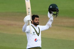 England Vs Pakistan 3rd Test Day 3 Highlights Excellent Azhar Battles In Vain As Hosts Turn The