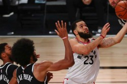 Vanvleet Stars As Raptors Draw First Blood In Nba Playoffs Kawhi And George Inspire Clippers