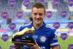 Jamie Vardy Signs New Three Year Leicester City Deal