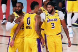 Nba Playoffs Wrap Lakers Bucks Draw Level With Comfortable Wins