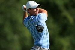 Rory Mcilroy Shares Lead Tiger Woods Struggles Bmw Championship