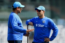 Dhoni Faster Than The Best Pickpockets Shastri On Mahi Wicketkeeping