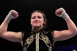 Katie Taylor Undisputed Lightweight Champion Beats Delfine Persoon