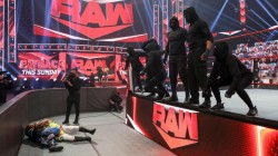 Wwe Monday Night Raw Results And Highlights August 24