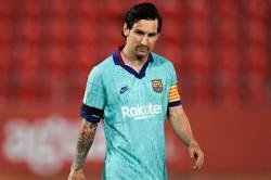 Lionel Messi Stays At Barcelona Cristiano Kobe Sports Biggest U Turns