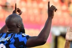 Benevento 2 5 Inter Lukaku At The Double In Nerazzurri Rout