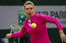 French Open 2020 Halep Cruises By Begu As Anisimova Awaits Again At Roland Garros